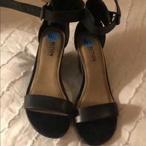 Kennth Cole Heeled Sandals